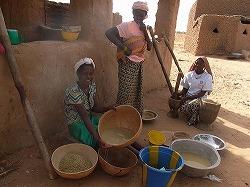 穀物の洗浄.jpg