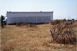 トゥルバ診療所1999.jpg