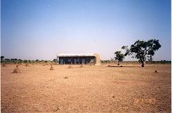 バイリ小学校1997.jpg